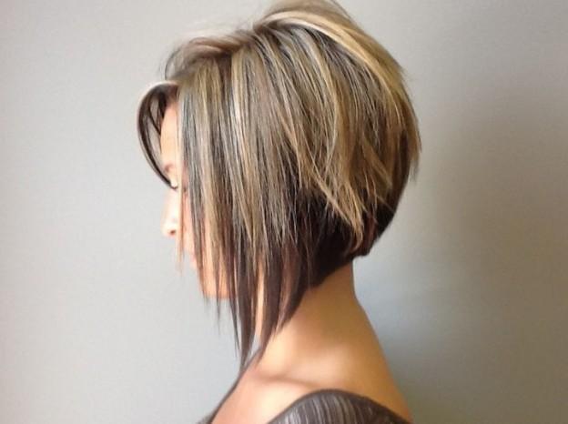 Trumpų plaukų kirpimas